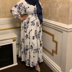 City Chic  Plus Size Chic Dolman Sleeve Dress